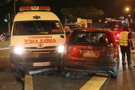 Hurt paramedics help crash victims