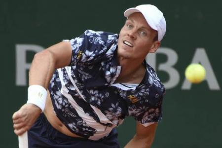 French Open fashion: Florals and faux pas