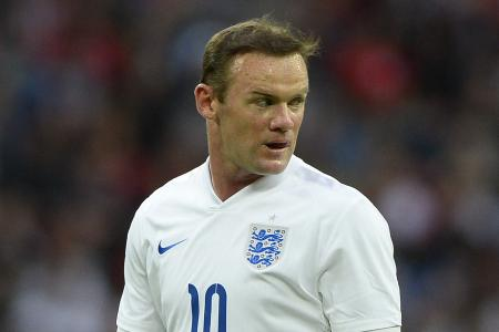 Hodgson: No guaranteed place for Rooney
