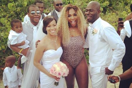 Serena Williams crashes a wedding ... in this outfit