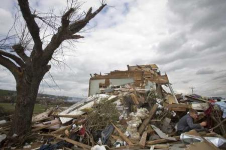 Storms with female names are deadlier, according to report
