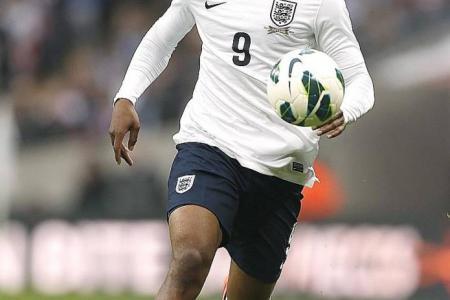 Play Rooney behind Sturridge