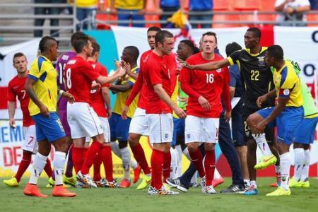 World Cup friendlies: England held by Ecuador, van Persie injured