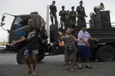 Thai junta prescribes 'national happiness'