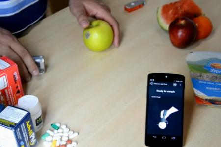 Cool Stuff: Scan your food with this thumb-sized gadget to see calories