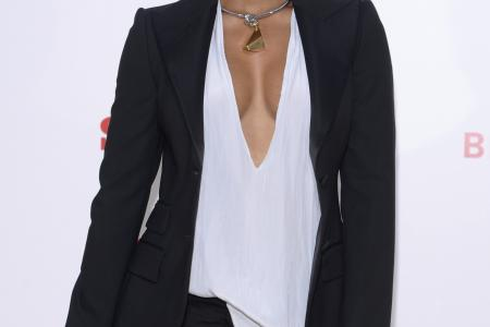 Kelly Rowland announces pregnancy via Instagram