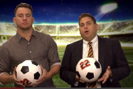 Channing Tatum and Jonah Hill gives tips on how to win a football game