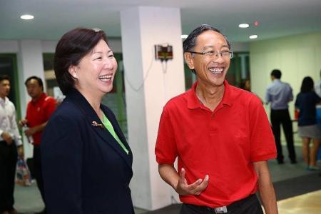 Lee pips Phua to become swim chief
