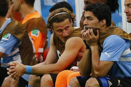 Costa Rica shock Uruguay 3-1