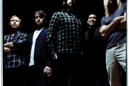 Foo Fighters fans crowdfund concert into existence