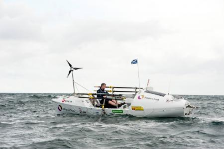 Coast Guard rescues man trying to row from New York to Scotland