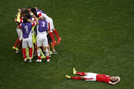 Swiss snatch late win against Ecuador