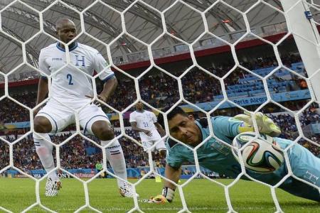 Hitman Benzema strikes for France