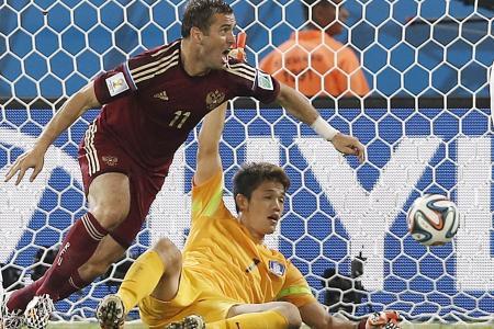 Super-sub Kerzhakov saves Russia in 1-1 draw