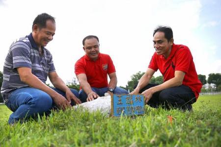 Memorial set up in Tampines for Nicoll Highway hero