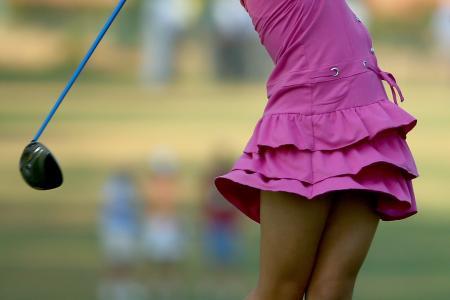 Watch golfer Lucy Li swinging away at 8