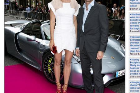 Sharapova zooms into Wimbledon in supercar