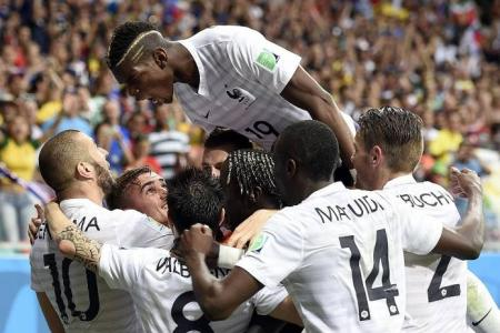 France to the fore with 5-2 win