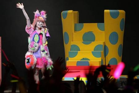 Kyary casts spell on S'pore