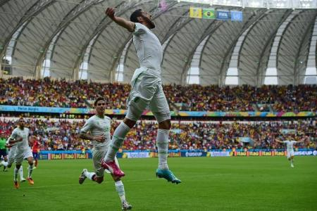 Algeria sink Korea 4-2 with 12-minute flourish