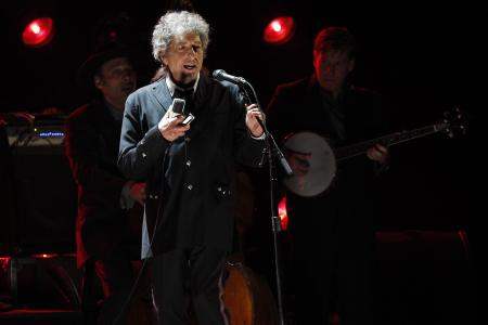 Bob Dylan lyrics sold for $2.5 million