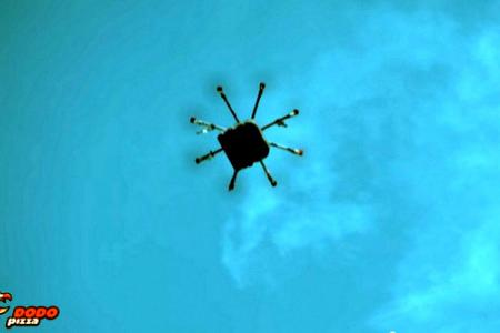 Russian chain delivers pizza by drone