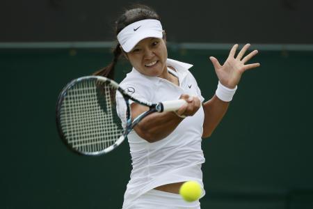 WImbledon: Li Na cruises into 3rd round
