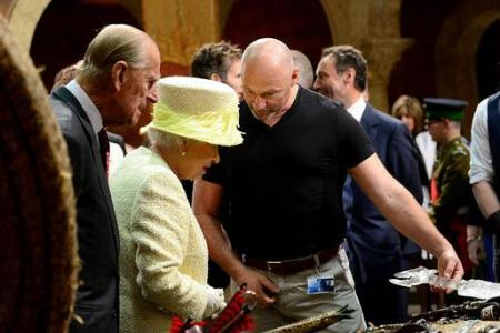 British Queen refuses Iron Throne