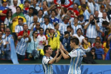 Argentina top group with 3-2 win over Nigeria