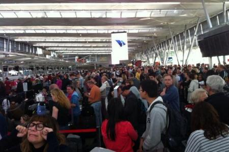 Power outage at Sydney airport strands thousands