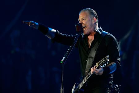 Metallica rocks Glastonbury