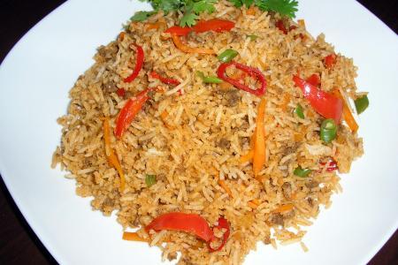 Woman poisons husband's fried rice, killing him