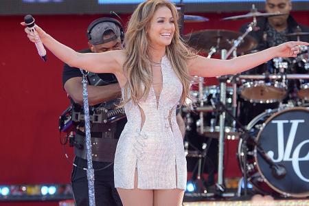 Jennifer Lopez to headline at F1 concert