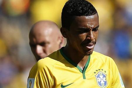 Scolari frets over Gustavo's absence for Colombia game
