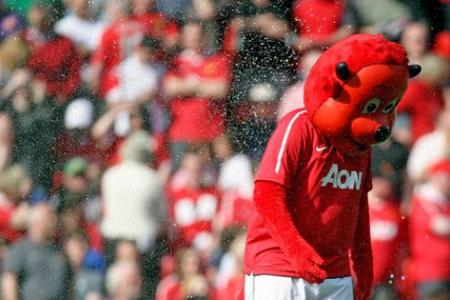 Manchester United trolled by minor league Welsh Club