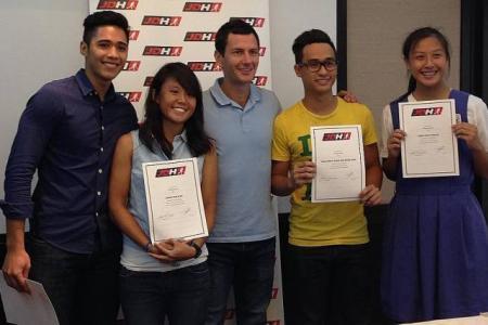Hockey superstar Jamie Dwyer backs Singapore youngsters