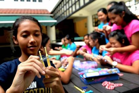 Hot trend among kids: Rainbow looms