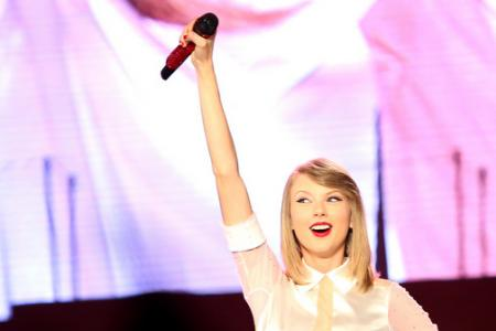 Taylor Swift's six suggestions to save the music industry