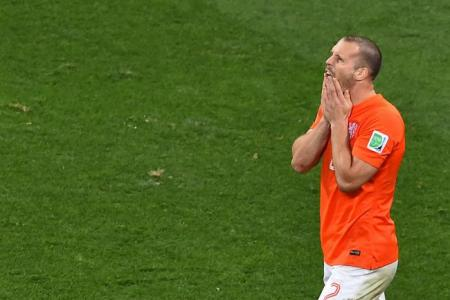 Two Dutch players refused first penalty: Van Gaal