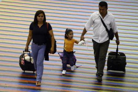 Pay to breathe, says Venezuelan airport