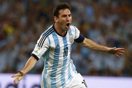 Messi looks good, says Beckham