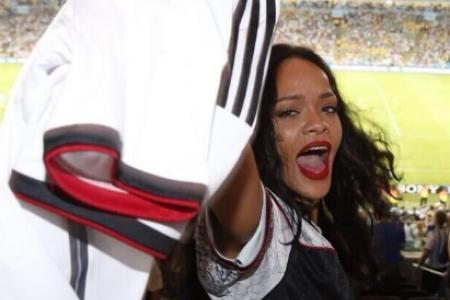 Rihanna flashes her love for Germany