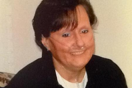 Stranger donates $148,000 for woman's treatment