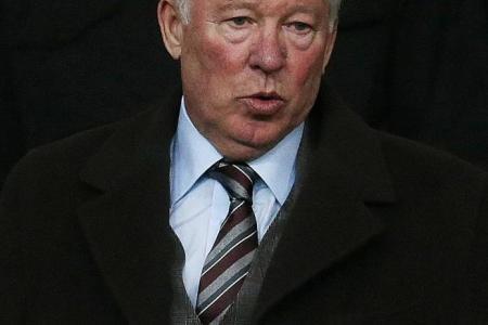Giggs: Van Gaal has same aura as Ferguson