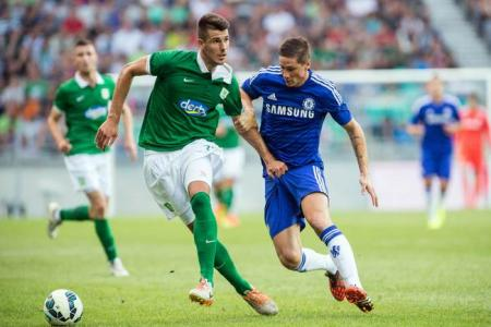 Torres reaches a new low with shocking miss