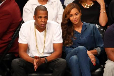 Bey and Jay told to act as 'happy family' until tour ends