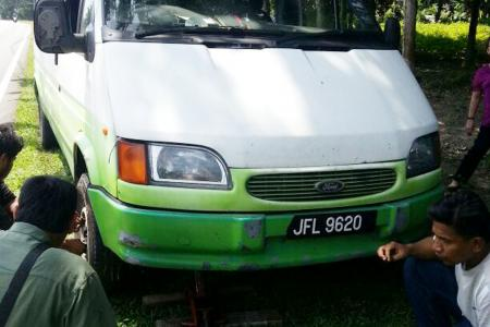 Johor durian trip turns prickly after minibus breaks down