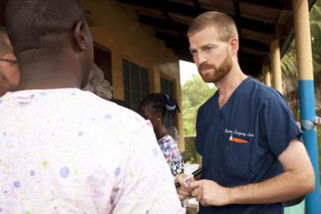 US doctor who contracted Ebola being flown home?