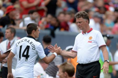 Van Gaal to decide on players' future after United tour