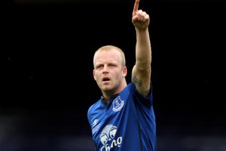 Footballer with a heart! Naismith buys Everton season tickets for jobless